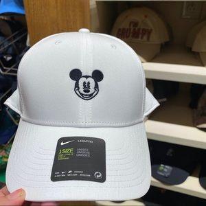Mickey Mouse Disneyland Nike Hat